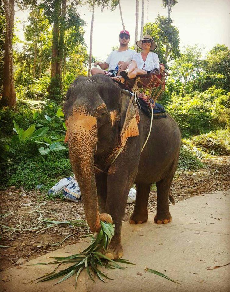 Claudia Patrascanu_Gabi Badalau_elefant